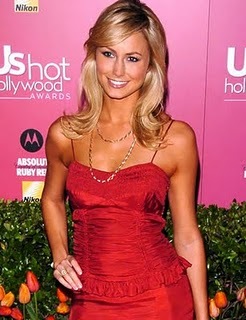 http://digitalcasino.files.wordpress.com/2010/01/stacy_keibler_4.jpg