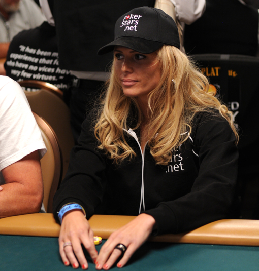 Torrie Wilson In World Series Of Poker