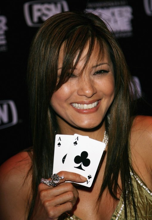 Poker Babe Kelly Hu
